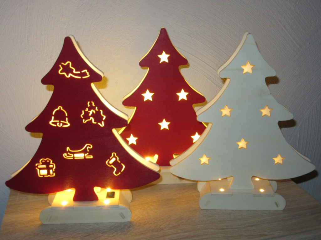 cnc monkey weihnachtsbaum mit intergrierter led beleuchtung. Black Bedroom Furniture Sets. Home Design Ideas