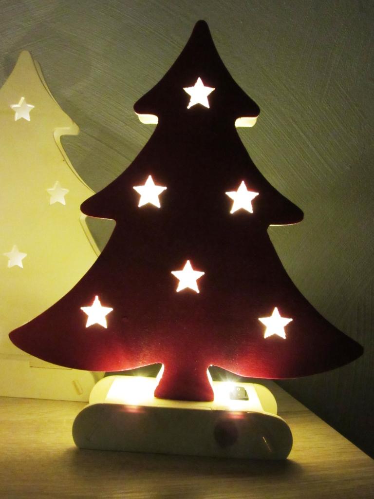 cnc monkey weihnachtsbaum mit intergrierter led beleuchtung. Black Bedroom Furniture Sets. Home Design Ideas